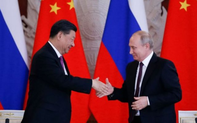Photo of China's Xi Praises 'Best Friend' Putin During Russia Visit