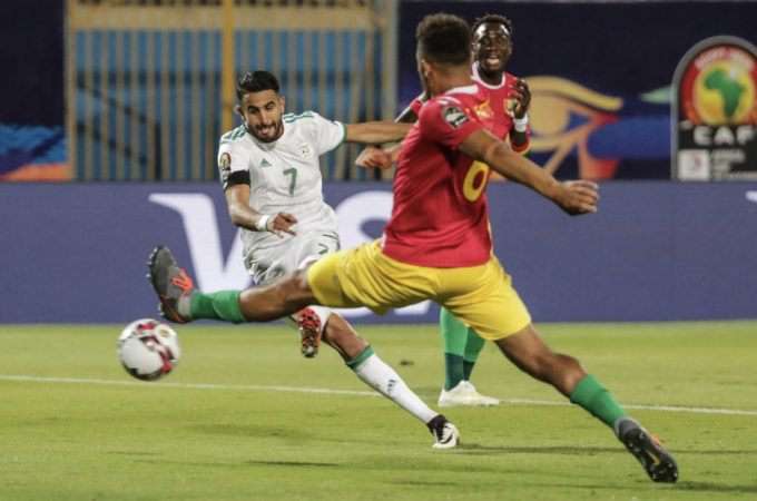 Photo of Riyad Mahrez Scores As Algeria Sinks Guinea 3-0