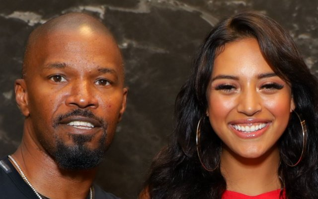 Photo of Jamie Foxx Responds To Rumors He's Dating 21-Yr Singer Sela Vave