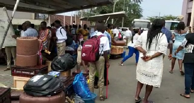 Photo of Mfantsipim: Students Stranded As Parents, Authorities Clash Over Admission
