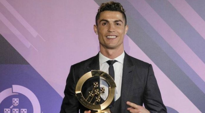 Photo of Ronaldo Claims 10th Portuguese Player Of The Year Award