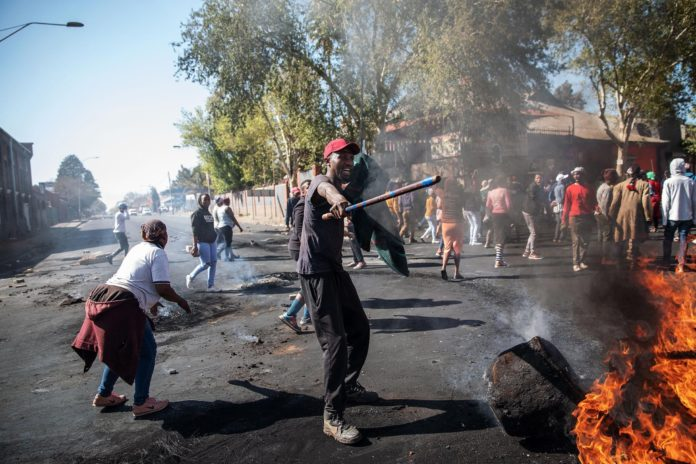 Photo of Xenophobic Attacks In South Africa Offends Spirit Of African Unity – Zimbabwe