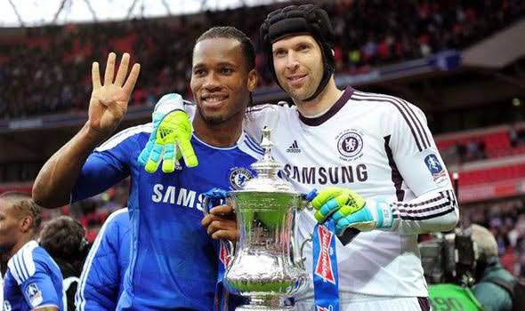 Photo of Drogba Surprised As Cech Signs For Another English Club