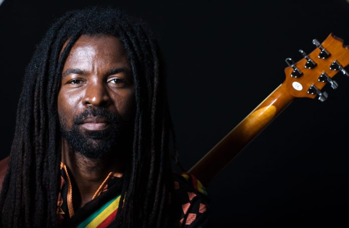 "Photo of Rocky Dawuni Takes ""Beats Of Zion"" To GLF Accra 2019"