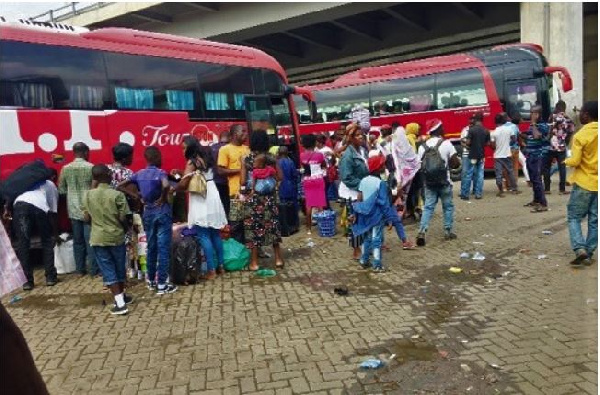Photo of Christmas Swallows Vehicles – Passengers Stranded