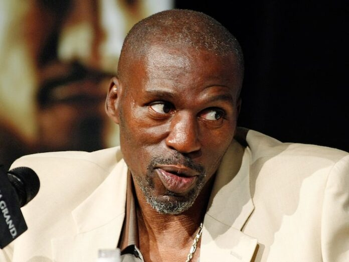 Photo of Legendary Boxing Trainer Roger Mayweather Dies At 58