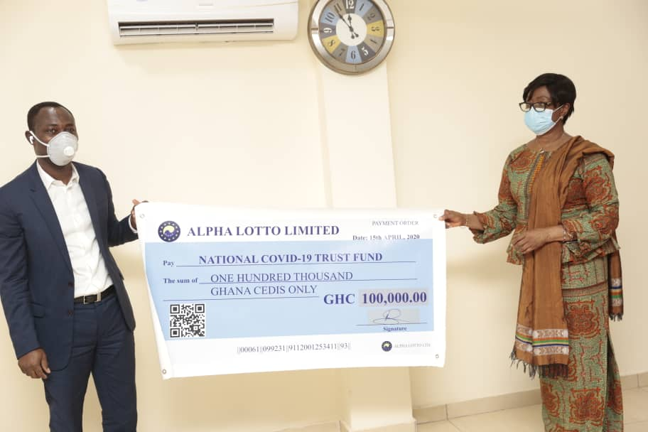 Photo of Alpha Lotto Donate Ghs100.000.00 To Covid-19 National Trust Fund