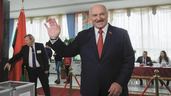 Photo of Belarus President Says Vodka And Saunas Can Cure Coronavirus As Country Refuses To Lockdown