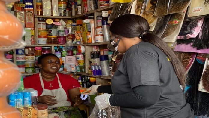 Photo of Mothers' Day: Jayana Donates Face Masks To Dome Market Women