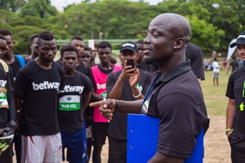 Photo of Let's Continue To Help Ex National Players – Appiah
