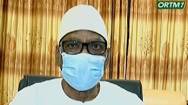 Photo of Mali's President Quits After Soldiers Mutiny