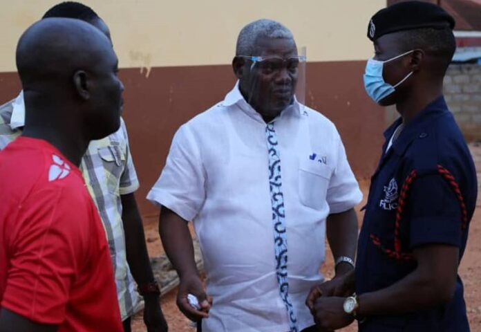 Photo of NDC's Ben Ayiku Facilitates Bail Of 10 Persons Arrested Over 'Kpanshimo'