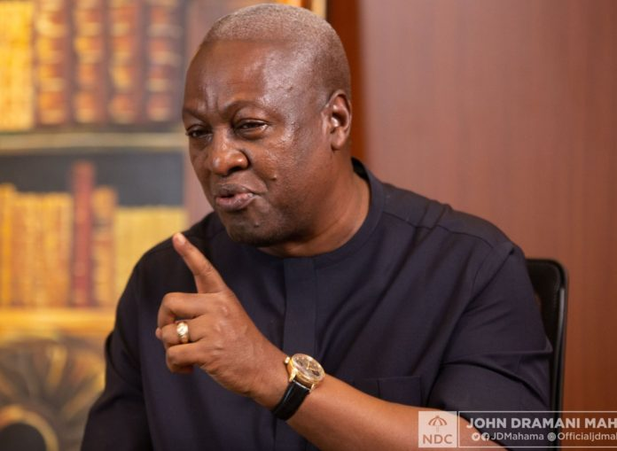 Photo of Mahama is a leader with vision, integrity' – Gomoa Nyanyano chief