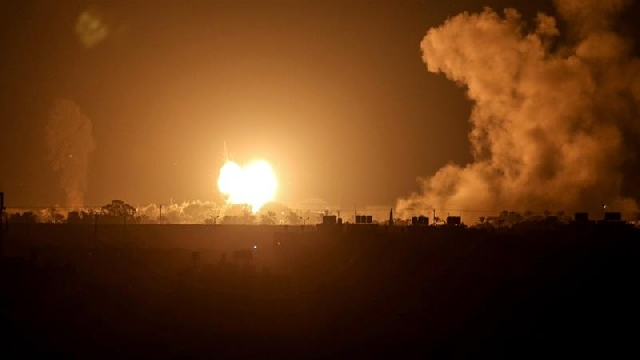 Photo of Israel Bombs Gaza After Rocket Fire As UAE, Bahrain Sign Deals