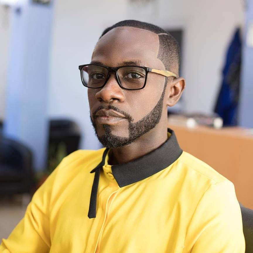 Photo of My Mother Feels Surprised When She Sees Me On TV — Okyeame Kwame