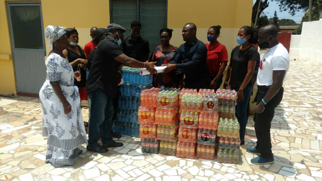 Photo of Dreamland Sports Plus donates towards funeral of late NSA Deputy DG Saka Acquaye
