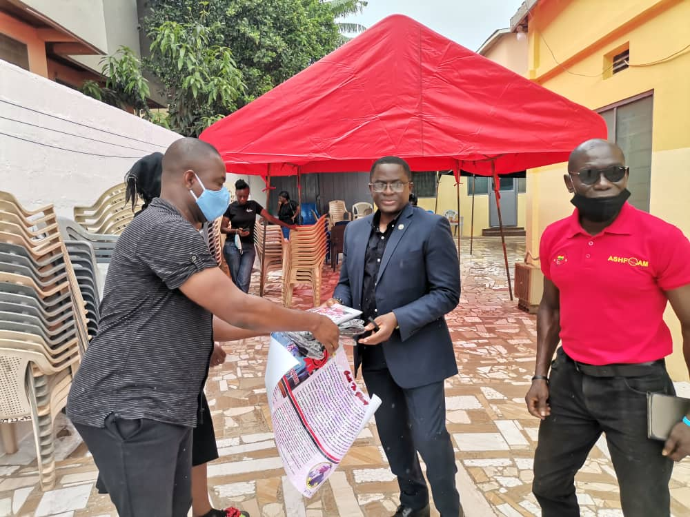 Photo of GOC President And McDan Donate Towards Burial Of Saka 'Fishey' Acquaye