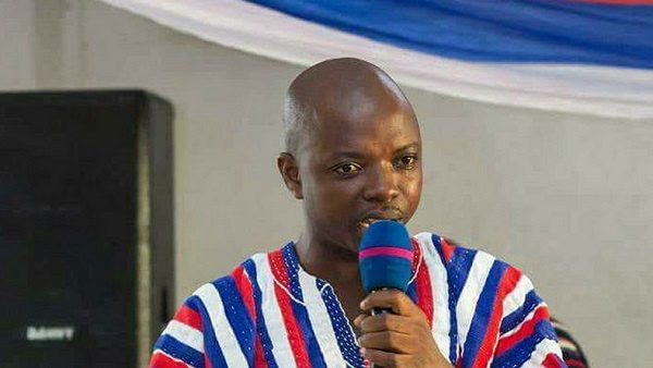Photo of Forget it! Akufo-Addo won't pay you – Abronye DC tells Menzgold customers