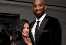 Photo of Vanessa Bryant Gifts Rare Kobe Nikes To Her Close Friends