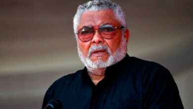 Photo of Rawlings's Funeral Takes Another Twist