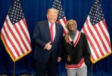 Photo of Trump pardons Bannon, Lil Wayne in final acts of clemency